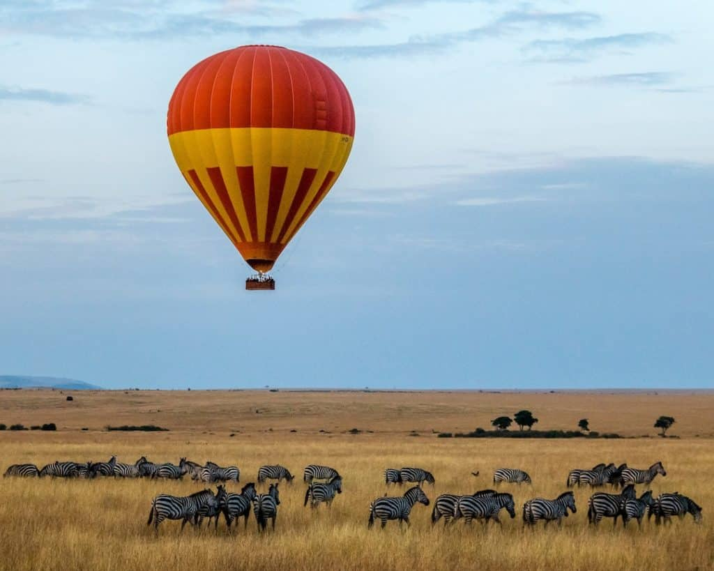 hot air balloon flight over African national park, how to pack for an African safari trip